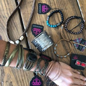 Paparazzi Jewelry NWT 11pc Bracelets Necklace Ring